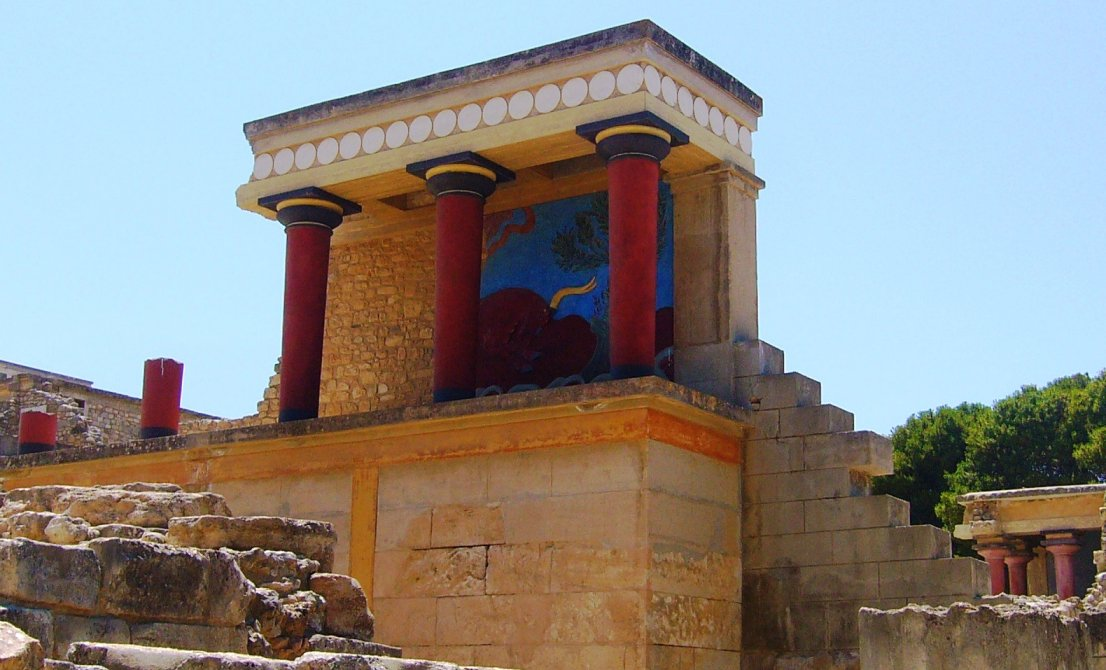 Knossos palace in Heraklion - Crete island Greece - Cruises in Greece - Greek cruises - Greek Travel Packages - Cruise Greek islands - Travel to Greek islands - Tours in Greece - Travel Agency in Greece