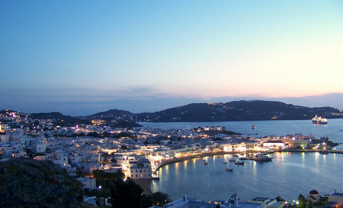 Mykonos by night - Cruises in Greece - Greek cruises - Greek Travel Packages - Cruise Greek islands - Travel to Greek islands - Tours in Greece - Travel Agency in Greece