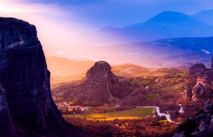 Meteora rocks - Meteora tours - Tours in Meteora monasteries Greece - Greek Travel Packages - Travel to Meteora Greece - Tours in Greece - Travel Agency in Greece