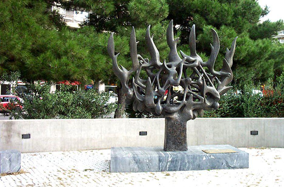 Jewish tour of Thessaloniki Greece - Holocaust Memorial - Thessaloniki Jewish Tour - Greek Jewish tours in Greece - Jewish Greek travel packages in Greece - Atlantis Travel Agency in Greece